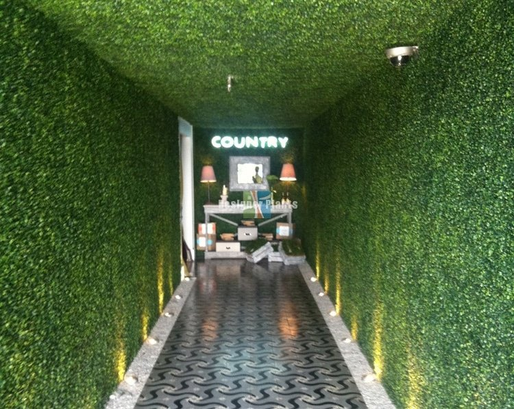 Artificial hedges for interior design