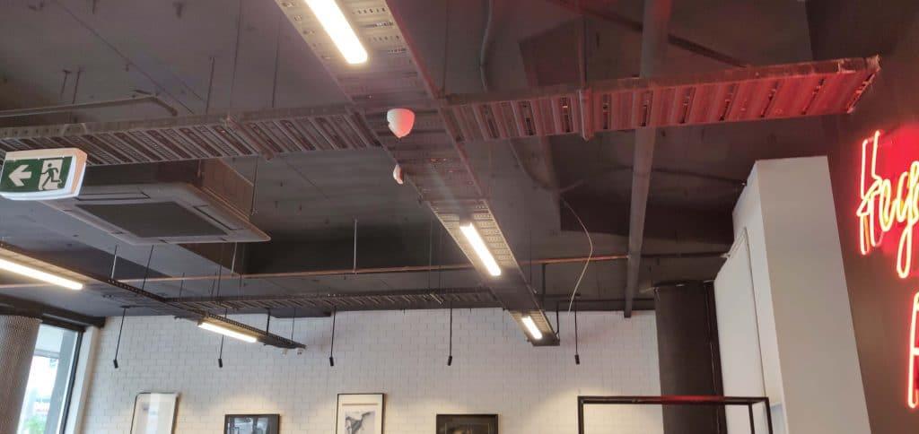 plain ceiling