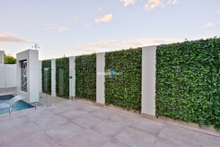 Fake ivy panels and artificial ivy green wall