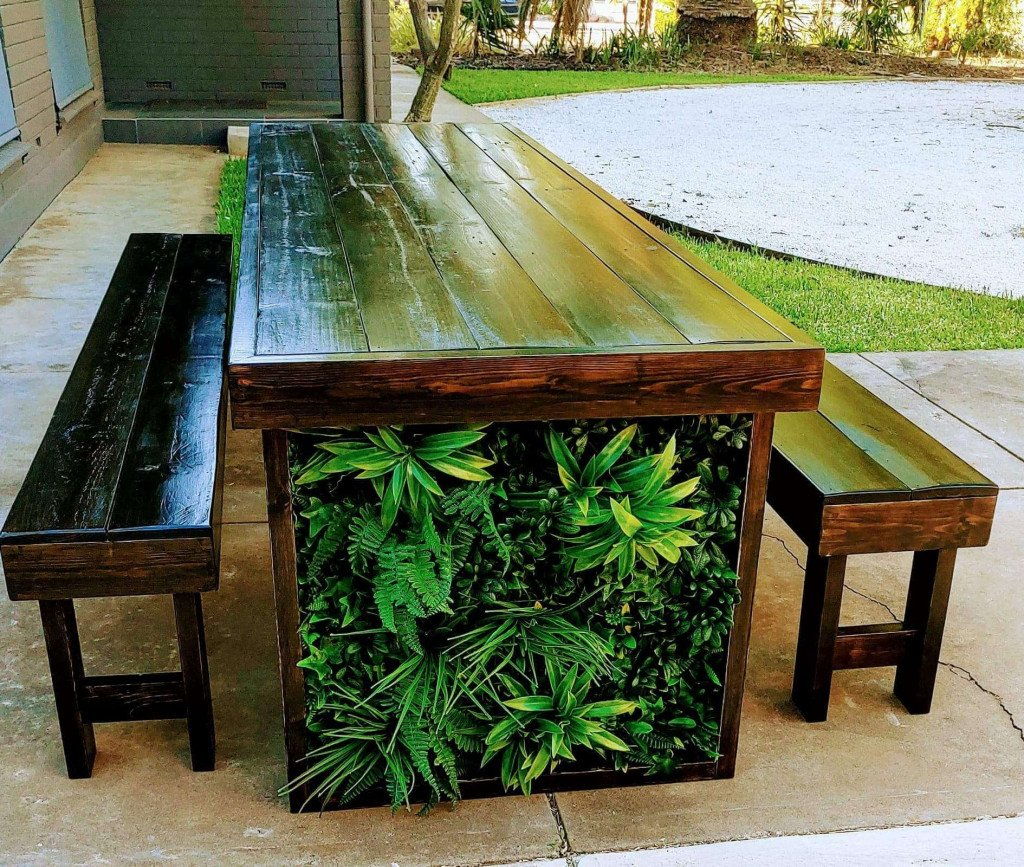 artificial green wall for cafe table