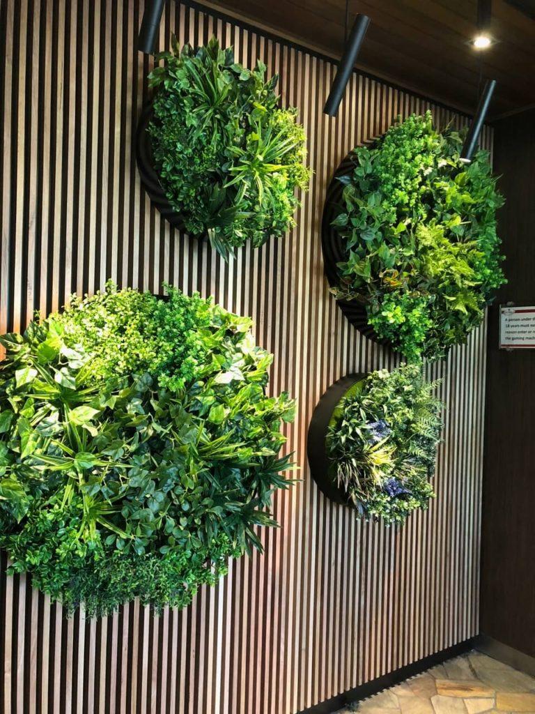 green wall discs