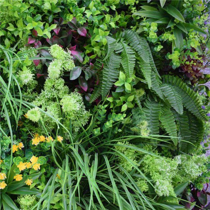 flowers of an artificial green wall