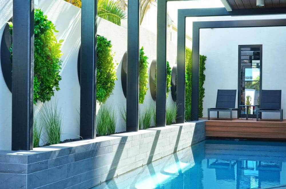 Pool With Green Wall Disk