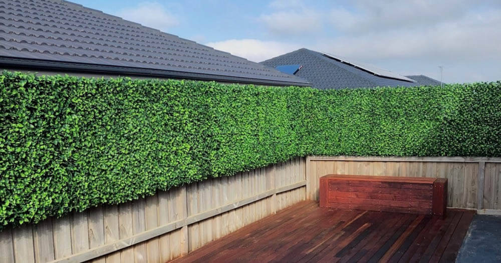 Artificial hedges are great for privacy and look amazing too