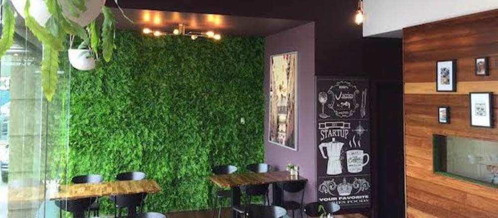 How to use green walls in a fit out